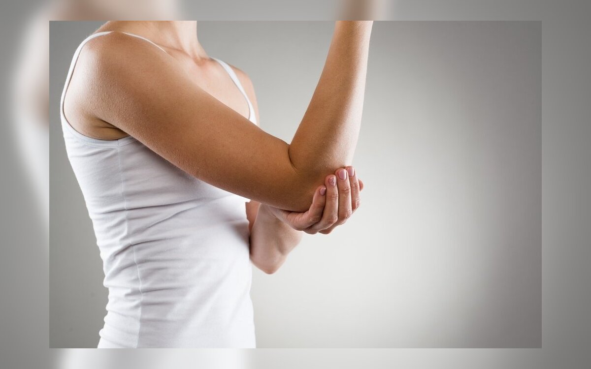 blocade skausmo alkūnės sąnario swelling painful joints in fingers and toes